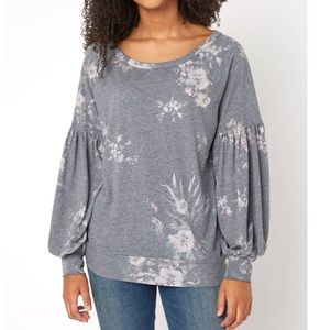 Chaser NWT Floral Billow Sleeve Pullover